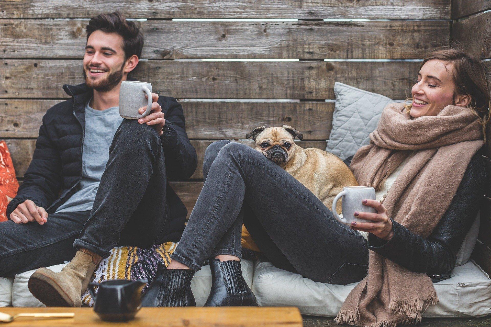 Hoe houd je jouw relatie goed tijdens thuisisolatie of quarantaine?